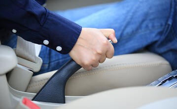 When-Should-I-Use-the-Parking-Brake