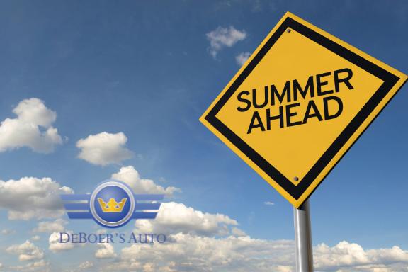 Summer ahead sign DeBoer's Logo